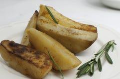 Gekochte Kartoffel mit Rosmarin Lizenzfreies Stockbild