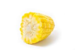 Gekochter Mais lokalisiert auf Weiß Lizenzfreies Stockfoto