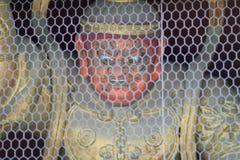 Gekooid duivelsstandbeeld bij Japanse Tempel stock fotografie