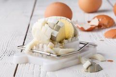 Gekookt ei op de bijl royalty-vrije stock foto