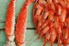 Gekookte garnalen en krabbenen royalty-vrije stock foto