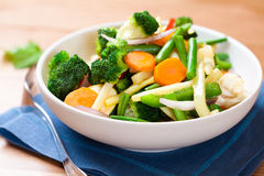 Gekookte gemengde groenten stock fotografie