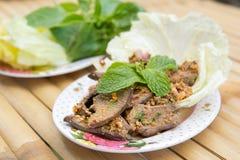 Gekookte Lever in Kruidige Specerij stock foto's
