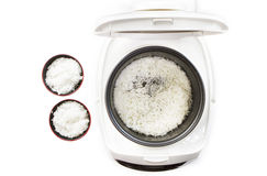 Gekookte rijst in kooktoestelpot. royalty-vrije stock foto
