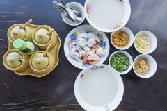 Gekookte rijsthavermoutpap Royalty-vrije Stock Afbeelding