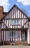 Gekrümmtes timber-framed Haus in Lavenham Stockbild
