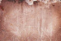Gekraste rode verschrikkingsmuur Stock Afbeeldingen