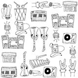 Gekritzel von Themamusikwerkzeugen Stockbild
