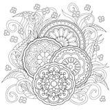 Gekritzelblumen und -Mandalen Stockfotos