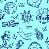 Gekritzelhandgezogene nahtlose Musternautischillustration mit Knoten Rettungsring und an Bord beschriften Willkommen lizenzfreie stockbilder