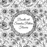 Gekritzelkunst Abstraktes nahtloses Muster mit Blumen Auch im corel abgehobenen Betrag Malbücher Schwarzes Weiß Blumenmotiv Stockfoto