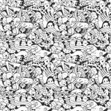 Gekritzelmuster mit verrückten Gekritzelcharakteren Stockfoto