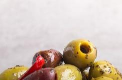 Gekruide olijven dicht omhoog Royalty-vrije Stock Afbeeldingen