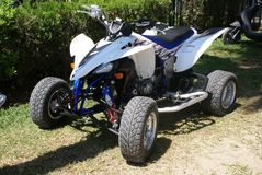 Geländewagen ATV quad - schmutziger Bewegungssport vierrädrige Droschke lizenzfreies stockfoto