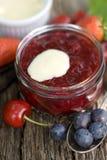 Gelée de fruit rouge images libres de droits