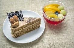 Gelée de gâteau au café et de fruit Images libres de droits