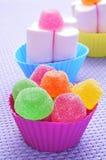 Gelékarameller och marshmallows Arkivbilder