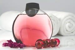 Gel de la ducha con petróleo de baño Imagen de archivo libre de regalías