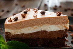 Gelaagd de cakeclose-up van de chocoladesoufflé royalty-vrije stock foto