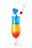 Gelaagde tropische cocktail met blauwe hartdecorati Stock Afbeelding