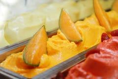 Gelado apetitoso saboroso frio doce do melão Imagens de Stock