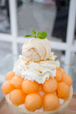 Gelado do melão da sobremesa, do cantalupo ou Bingsu Fotos de Stock
