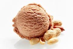 Gelado italiano Artisanal do amendoim ou do amendoim fotos de stock royalty free