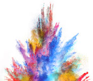Gelanceerd kleurrijk poeder op witte achtergrond Stock Afbeeldingen