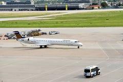 Geland Vliegtuig Royalty-vrije Stock Afbeeldingen