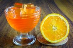Gelatina arancio con frutta Fotografia Stock Libera da Diritti