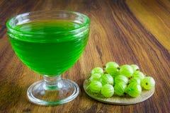 Gelatina verde con frutta Immagine Stock