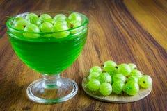 Gelatina verde con frutta Fotografia Stock Libera da Diritti