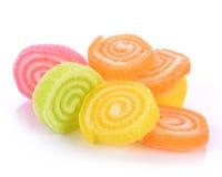 Gelatine el dulce, fruta del sabor, postre del caramelo colorido en el azúcar Foto de archivo libre de regalías