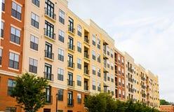 Gelb und Brown-Eigentumswohnungen stockbild