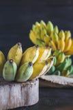 Gelbe Bananen Lizenzfreie Stockfotografie