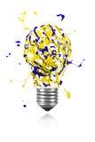 Gelbe blaue Farbenexplosion machte Glühlampe lizenzfreie abbildung