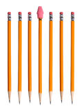 Gelbe Bleistifte mit Radiergummi Stockfoto