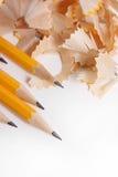 Gelbe Bleistifte und Rasieren Stockfotos