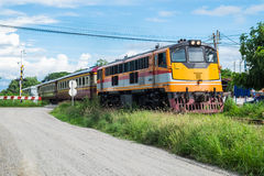 Gelbe Eisenbahn des Zugs Lizenzfreies Stockfoto