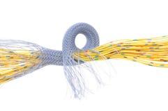 Gelbe elektrische Drähte mit Kabelschirm Lizenzfreies Stockbild