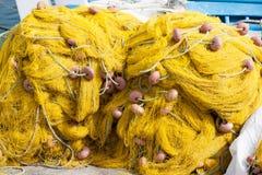 Gelbe Fischereiausrüstung Stockfoto