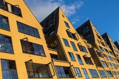 Gelbe Häuser Stockfotos