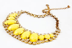 Gelbe Halskette Stockbild