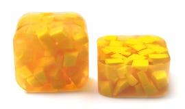 Gelbe handgemachte Seife Stockfoto