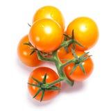 Gelbe herry Tomaten auf der Rebe, Wege, Draufsicht Lizenzfreies Stockbild