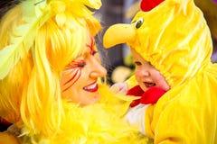 Gelbe Kanarienvögel Lizenzfreie Stockbilder