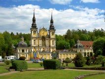 Gelbe Kirche Stockbild