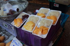 Gelbe Mango mit klebrigem Reis Lizenzfreie Stockfotografie