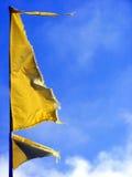 Gelbe Markierungsfahne Stockfotos