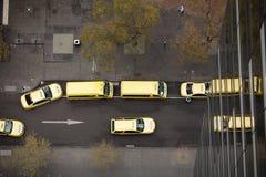 Gelbe Rollen-Fahrerhäuser Stockbilder